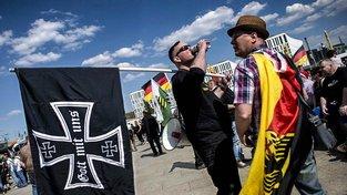 Demonstrace krajní pravice v Berlíně