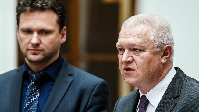 Radek Vondráček (vlevo) s místopředsedou hnutí ANO Jaroslavem Faltýnkem