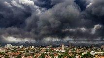 Nad Evropou se týdny vznáší radioaktivní oblak. Podle vědců je neškodný