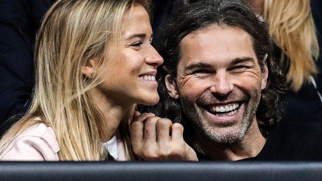 Jaromír Jágr s přítelkyní