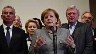 Kancléřka Angela Merkelová oznámila, že složitá jednání vládní koalici nepřinesla