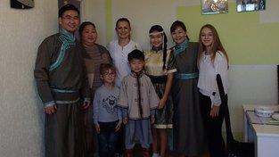 Slovo 21, z.s. opět spojuje české rodiny s rodinami cizinců z třetích zemí jedním z nejpřirozenějších způsobů – společným stolováním