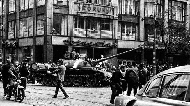 Invaze vojsk Varšavské smlouvy v srpnu 1968