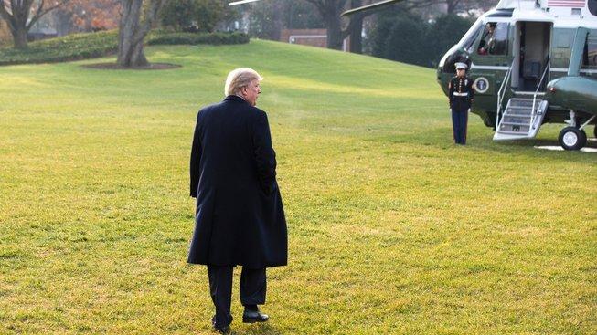 Po brífinku k přiznání Michaela Flynna zamířil Donald Trump vrtulníkem do Utahu