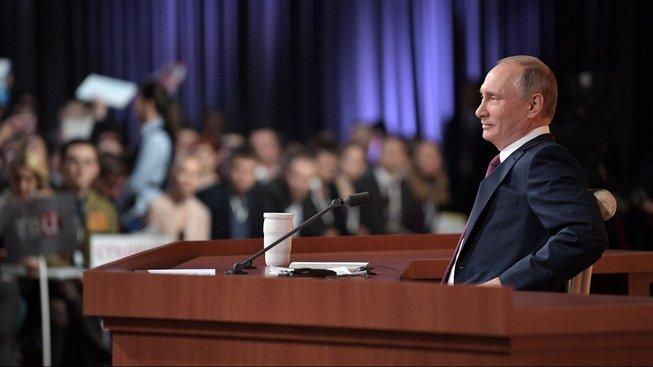 Ruský prezident Vladimir Putin na bilanční tiskové konferenci