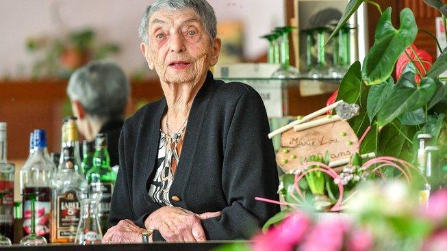 Marie-Louise Wirthová začala v hospodě svých rodičů pracovat ve 14 letech, letos na podzim oslavila stovku