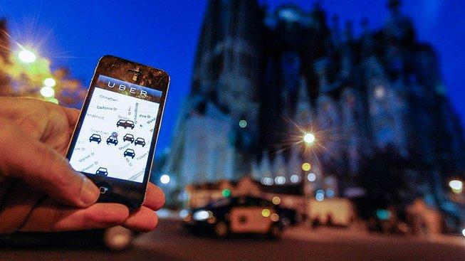 Proti Uberu byly protesty i v Barceloně