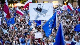 Letošní protivládní protesty v Polsku