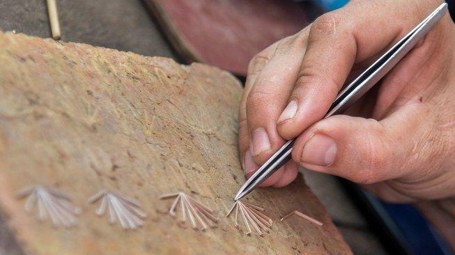 V kolumbijském městečku Mompox se vyrábí filigránové šperky už více než sto let