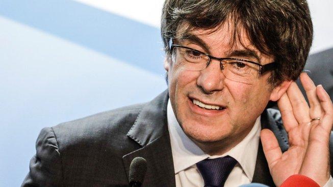 Katalánský expremiér Carles Puigdemont stále pobývá v Belgii