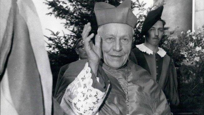 Kardinál Josef Beran během návštěvy Švýcarska v roce 1966