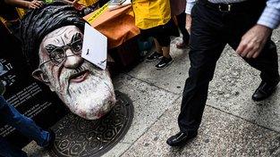 V Íránu již několik dní trvají protivládní protesty