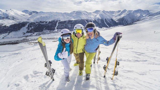Na lyže i na pláž. Češi v zimě cestují stále více