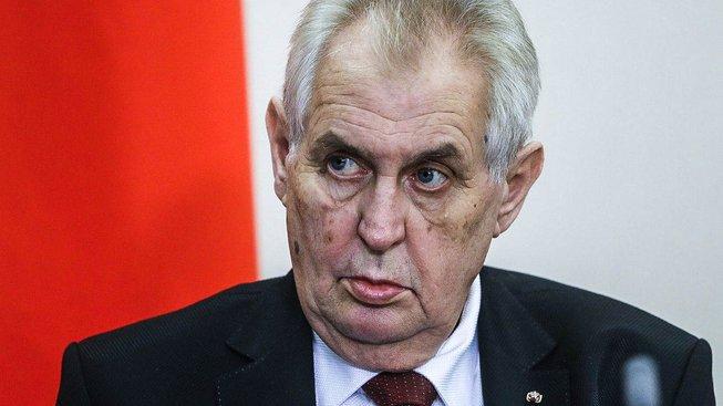 Nejméně průhlednou kampaň má podle analýzy Transparency International Miloš Zeman