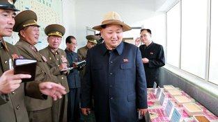 Kim Čong-un kouká na neznámé dobroty