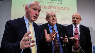 Zemanův projev zkritizovali i Pavel Fischer a Petr Hannig