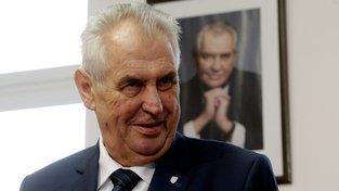 Letáky vyzývající k nevolení prezidenta Miloše Zemana v prvním kole jsou dezinformací