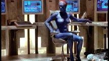 Drsné pozadí slavných scén: Mučení mutanti a velká chyba Jamese Bonda