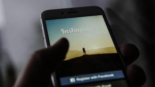 Také Instagram přitvrdil v mazání nenávistných příspěvků