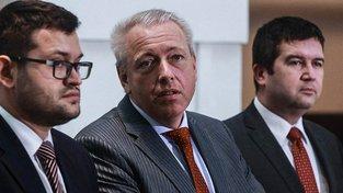 Jan Chvojka, Milan Chovanec a Jan Hamáček (všichni ČSSD)