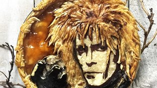 David Bowie v roli krále Goblinů (Labyrint)