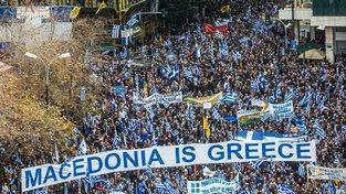 Statisíce lidí demonstrovaly v Aténách kvůli jménu Makedonie