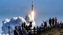 Start Falconu Heavy nás vynesl do 21. století kosmonautiky