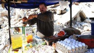 Přestože jsou z Aleppa stále ruiny, život se tam vrací do relativního normálu. I proto se část uprchlíků rozhodla vrátit. Ilustrační snímek