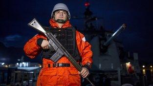 Voják na turecké fregatě operující ve Středozemním moři