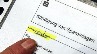 """Spolkový soudní dvůr v Karlsruhe řeší stížnost na """"diskriminační"""" formuláře spořitelny"""