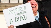 Kardinál Duka jako katolický nohsled populistů?