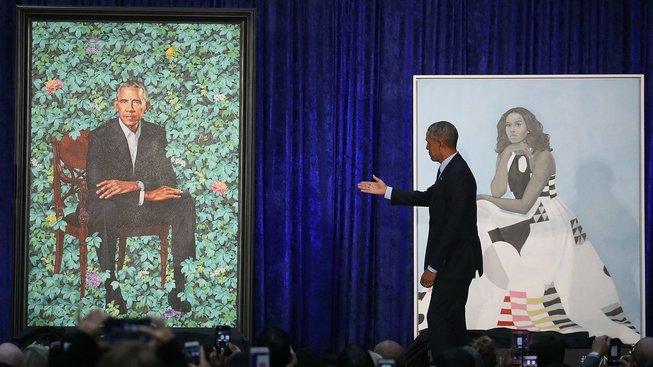 Oficiální portréty Baracka a Michelle Obamových