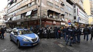 V některých čtvrtích italské Neapole není kvůli útokům gangů dětí a mladistvých bezpečno