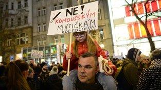 V Praze podle odhadů demonstrovalo přes 20 tisíc lidí