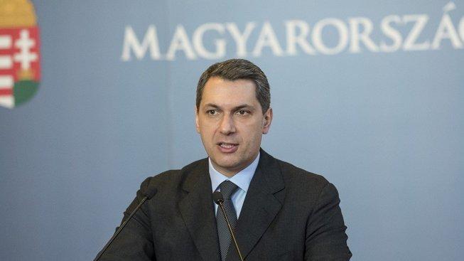 Šéf maďarského vládního kabinetu János Lázár