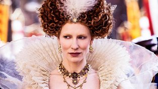 Cate Blanchettová v roli královny Alžběty