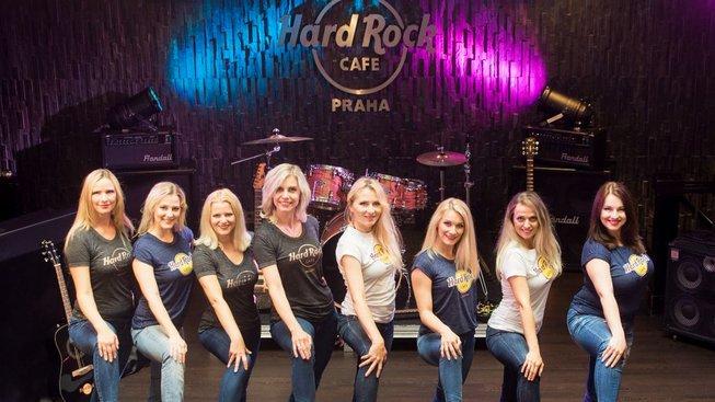 Foto_Tomáš Železný_Chilli Dancers v Hard Rock Cafe Praha_01_náhled