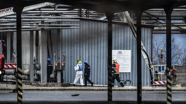 Hasiči a záchranáři na místě tragédie