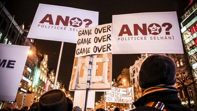 Hnutí ANO poprvé od listopadu 1989 přivede sociální demokraty a komunisty pod střechu jednoho vládního projektu