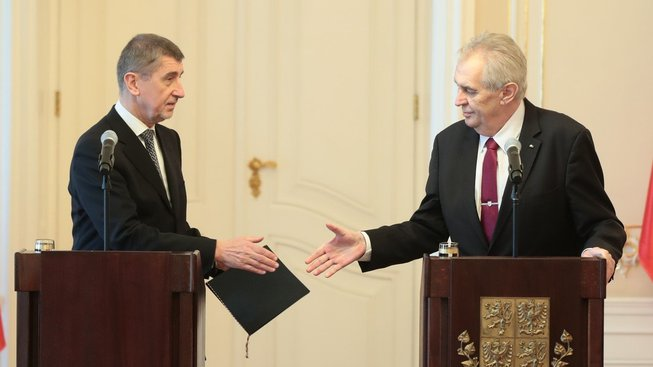 Premiér v demisi Andrej Babiš a prezident Miloš Zeman