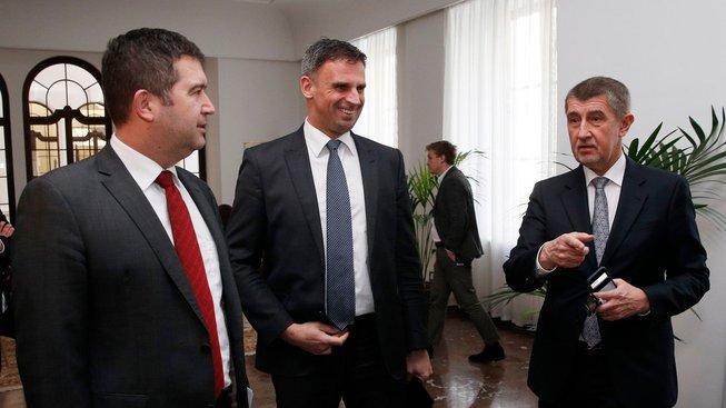 Jednání mezi čelními představiteli ČSSD a hnutí ANO o společné vládě skončila krachem