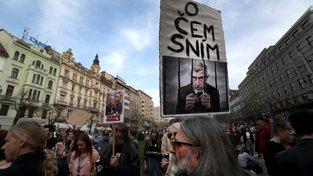Demonstrace proti Andreji Babišovi v Praze