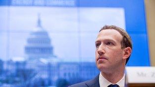 Šéf společnosti Facebook během středečního slyšení