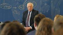 Václav Klaus neodešel: Zůstává víc, než si myslíte