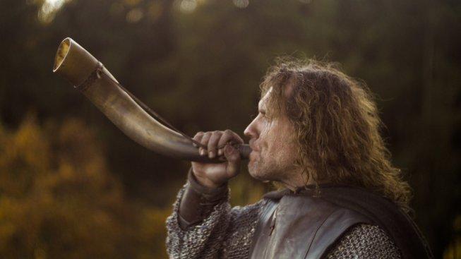 Gondorský rytíř Borondir (šermíř a kaskadér Borek Belfín) - hlavní hrdina příběhu Horn of Gondor