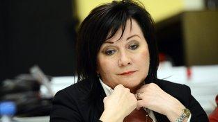 Ministryně financí Alena Schillerová s názorem Senátu nesouhlasí