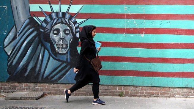 Americký satan v Teheránu