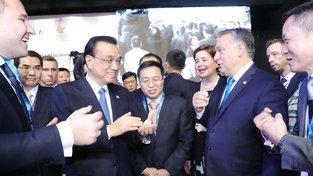 Maďarský premiér Viktor Orbán při setkání s čínskou delegací