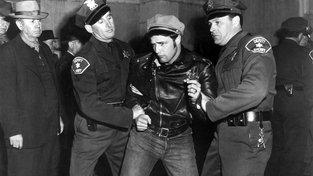 Marlon Brando ve snímku Divoch
