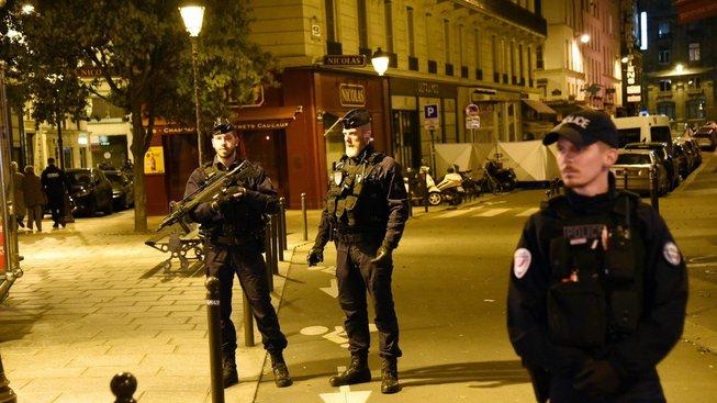 Francouzská policie na místě sobotního teroristického útoku